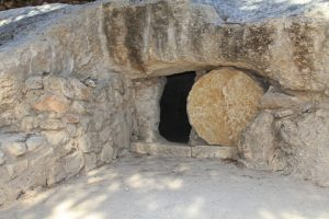 Easter-open-tomb-dreamstime_xs_38216360
