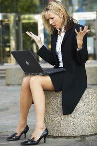 woman.computercrash