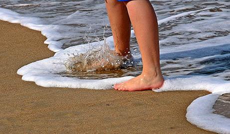 barefoot-beach-Pixabay-1599884_1920-web