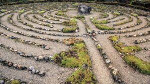 labyrinth-stones-dreamstime_l_70870021-web